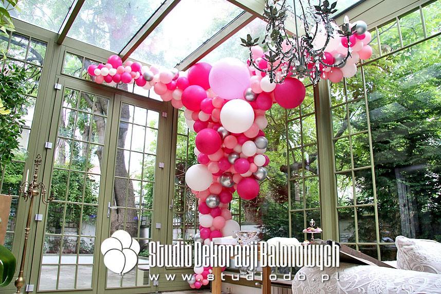 Urodzinowa dekoracja balonowa oranżerii