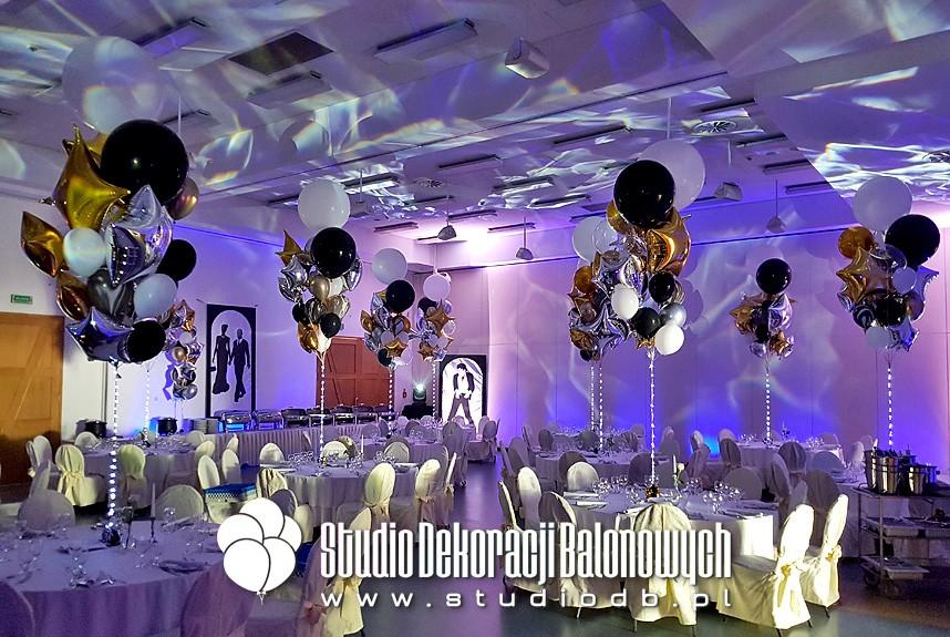 Dekoracje balonowe jako scenografia imprezy firmowej