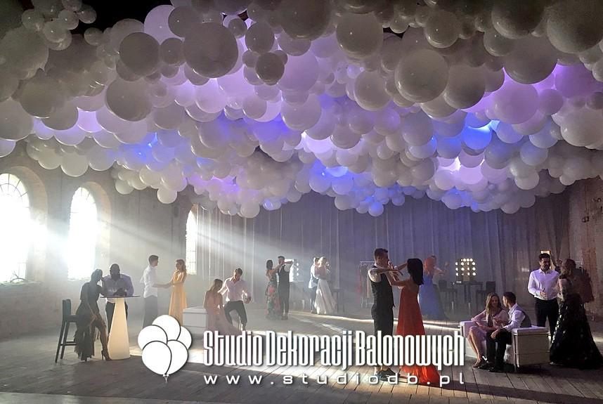 Chmura balonowa jako dekoracja sufitu - Taniec z gwiazdami - Ramówka Polsat Jesień 2019