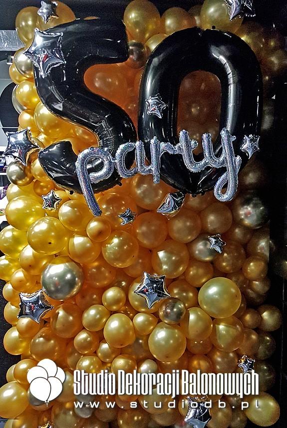 Balonowa ścianka urodzinowa