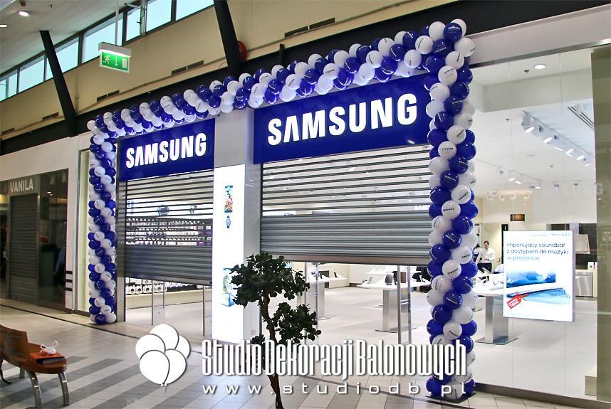 Brama balonowa na otwarcie Salonu Samsung