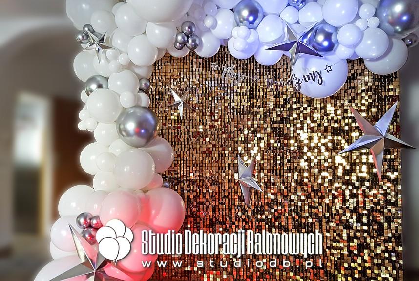 Dekoracje balonowe Warszawa - Ścianka do zdjęć - obowiązkowy element każdej imprezy!