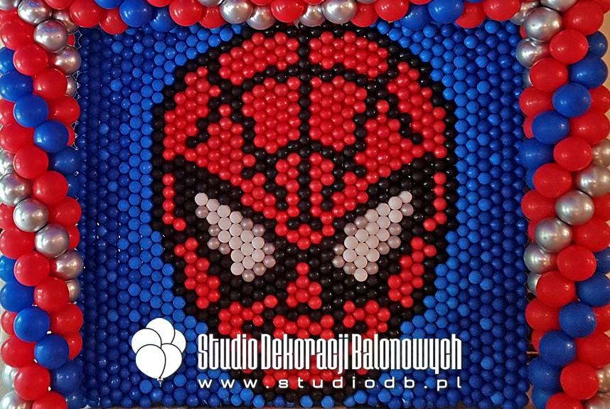 Dekoracje na urodziny - Ścianka balonowa w temacie Spider-Man