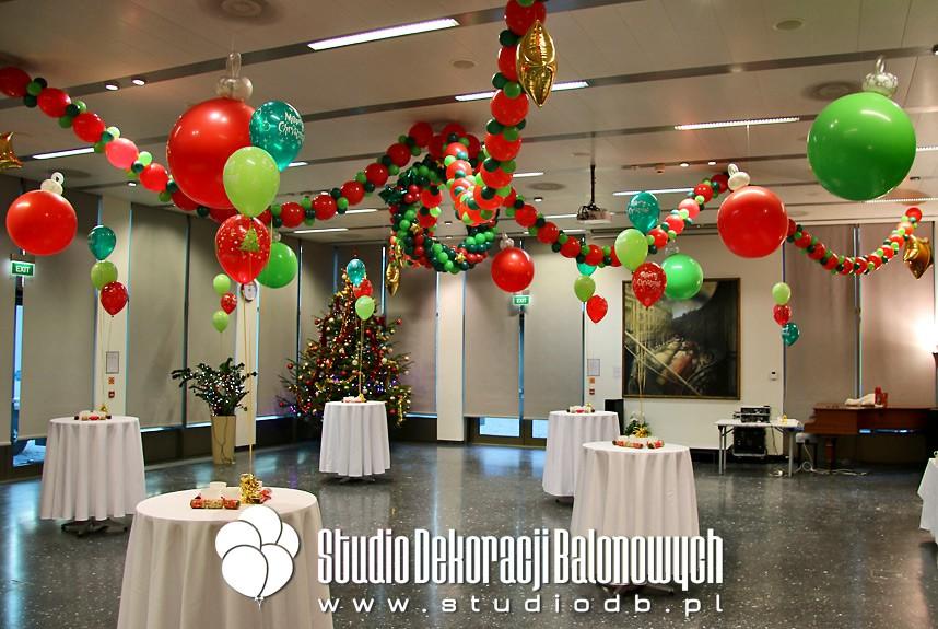 Dekoracja balonowa świątecznego spotkania  pracowników