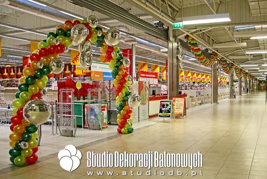 Dekoracje z balonów z okazji 8 jubileuszu Auchan Hetmańska