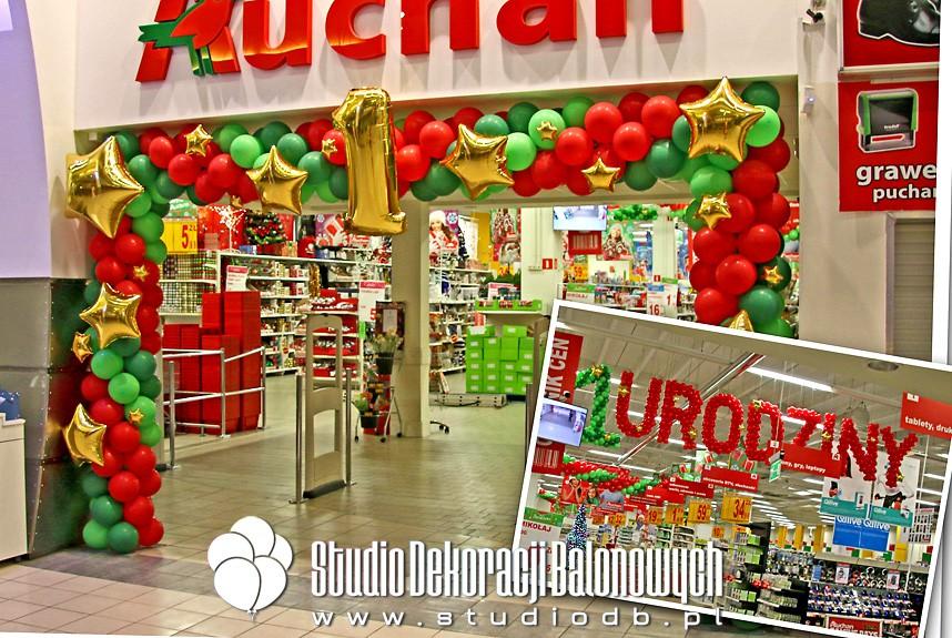 Dekoracje balonowe z okazji 1 urodzin supermarketu Auchan Okęcie