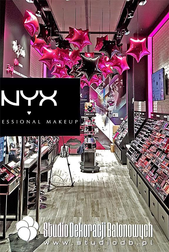 Dekoracje balonowe sklepu NYX w C.H. Arkadia w Warszawie